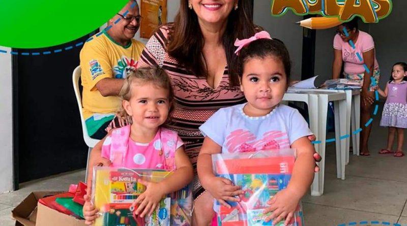 VOLTA AS AULAS, Prefeitura distribue kit's de material escolar